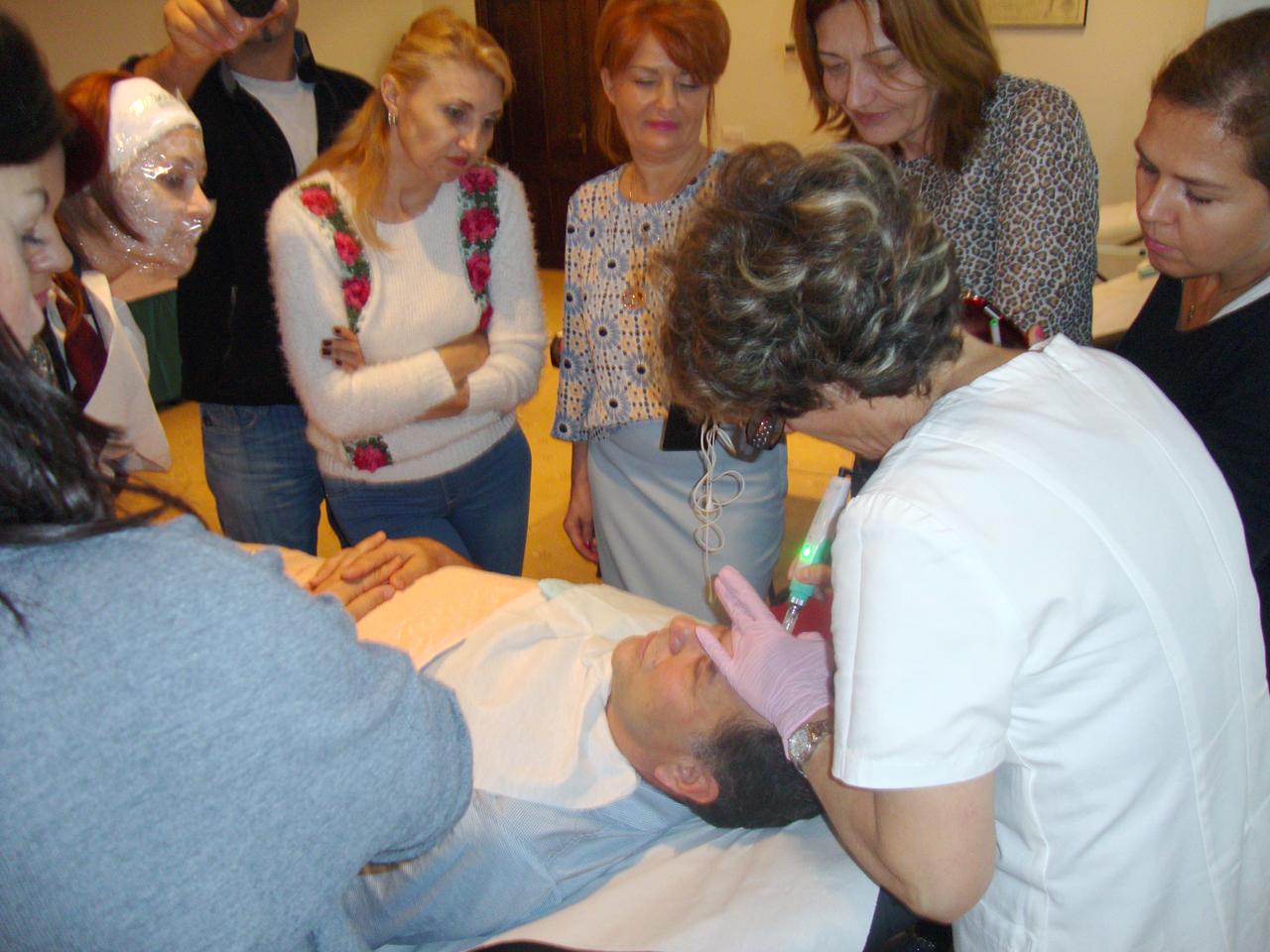 Curs de Terapie cu Inductie de Colagen
